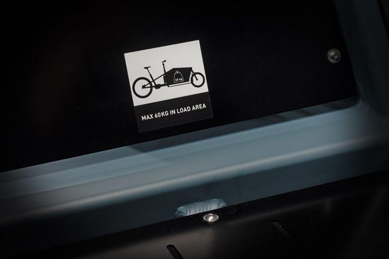 cube cargo hybrid sport bluenred 003
